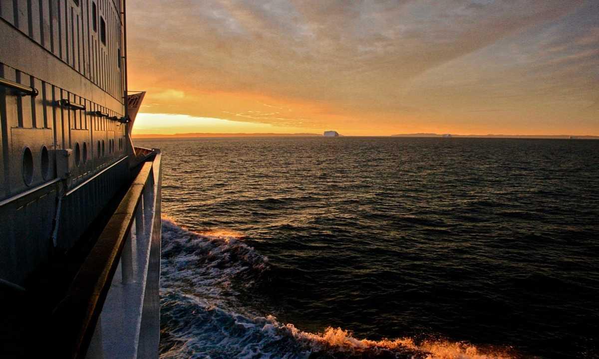 SWO_5_Jon_all_nwp-cruise-ship-sunset