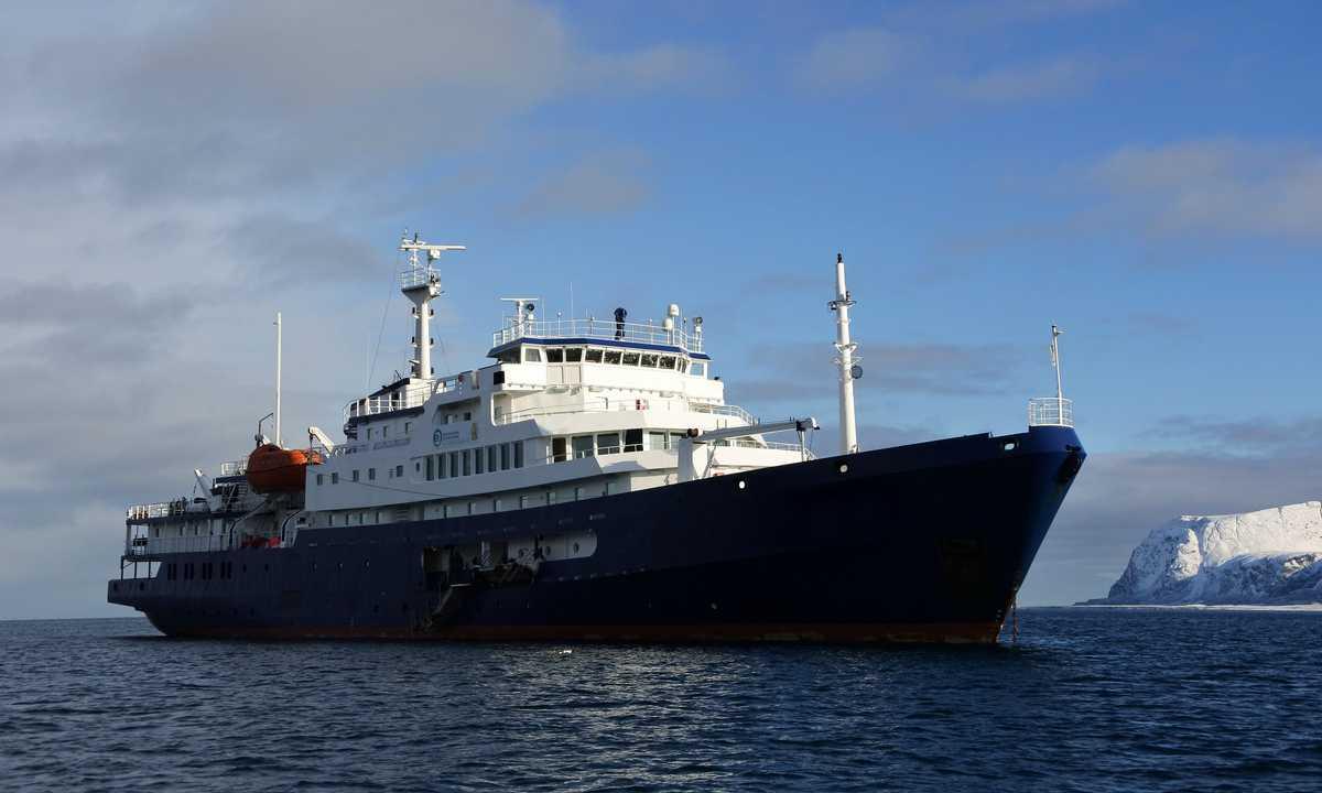 SW_3_LA_ALL_Svalbard_Plancius_Lauren-e3