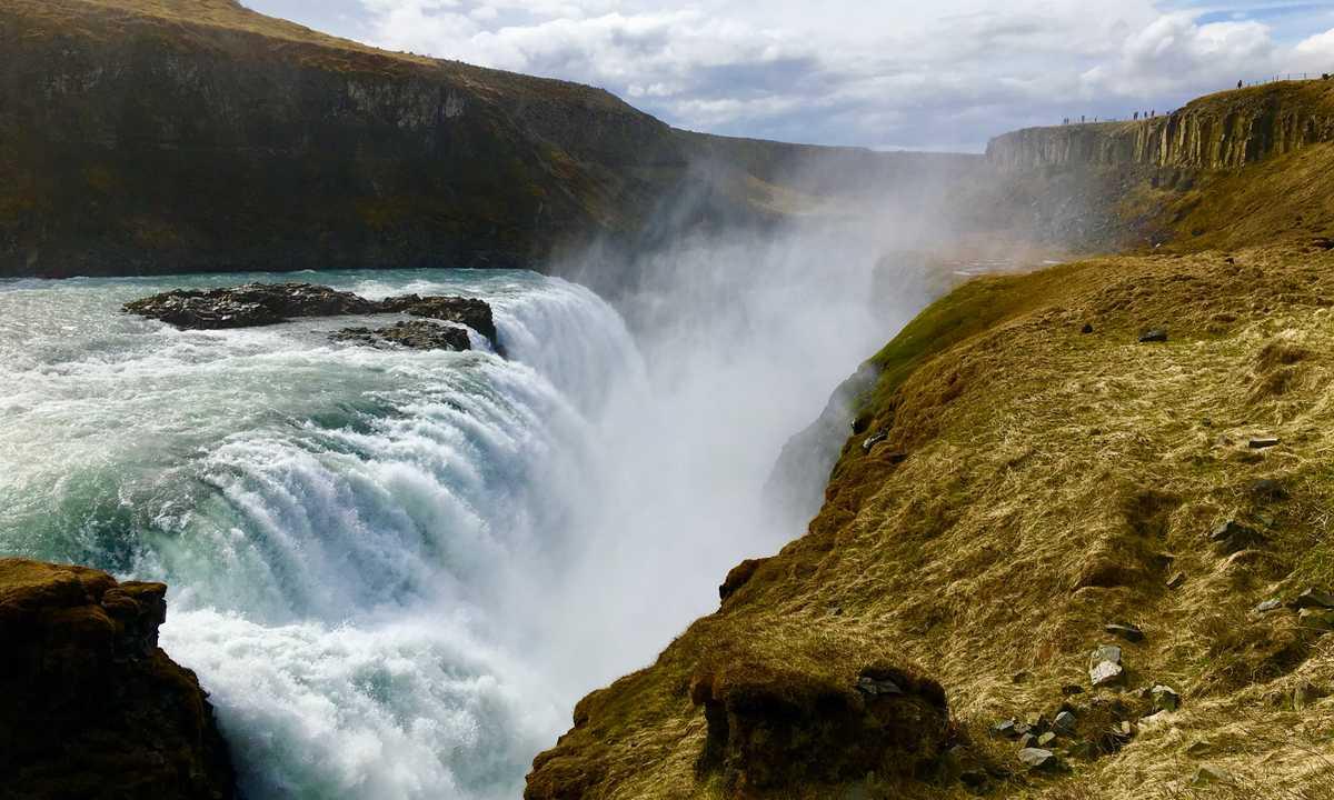 SW_4_John-Newby_ALL_Iceland-waterfall-Arctic
