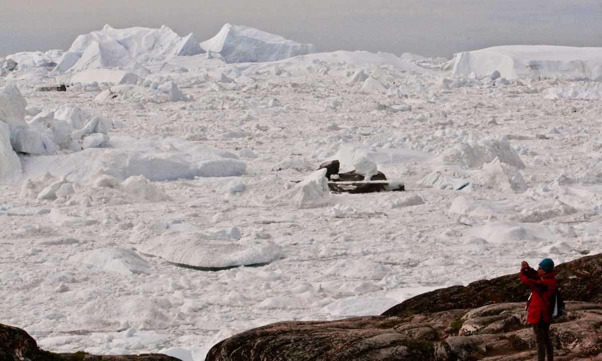 SW_3_JG_ALL_A_view_over_Jakobshavn_glacier_near_Ilulisaat