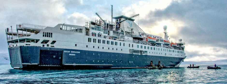 AC_3_Dennis-Minty_RTD_Beechey-Island-Ocean-Endeavour-e